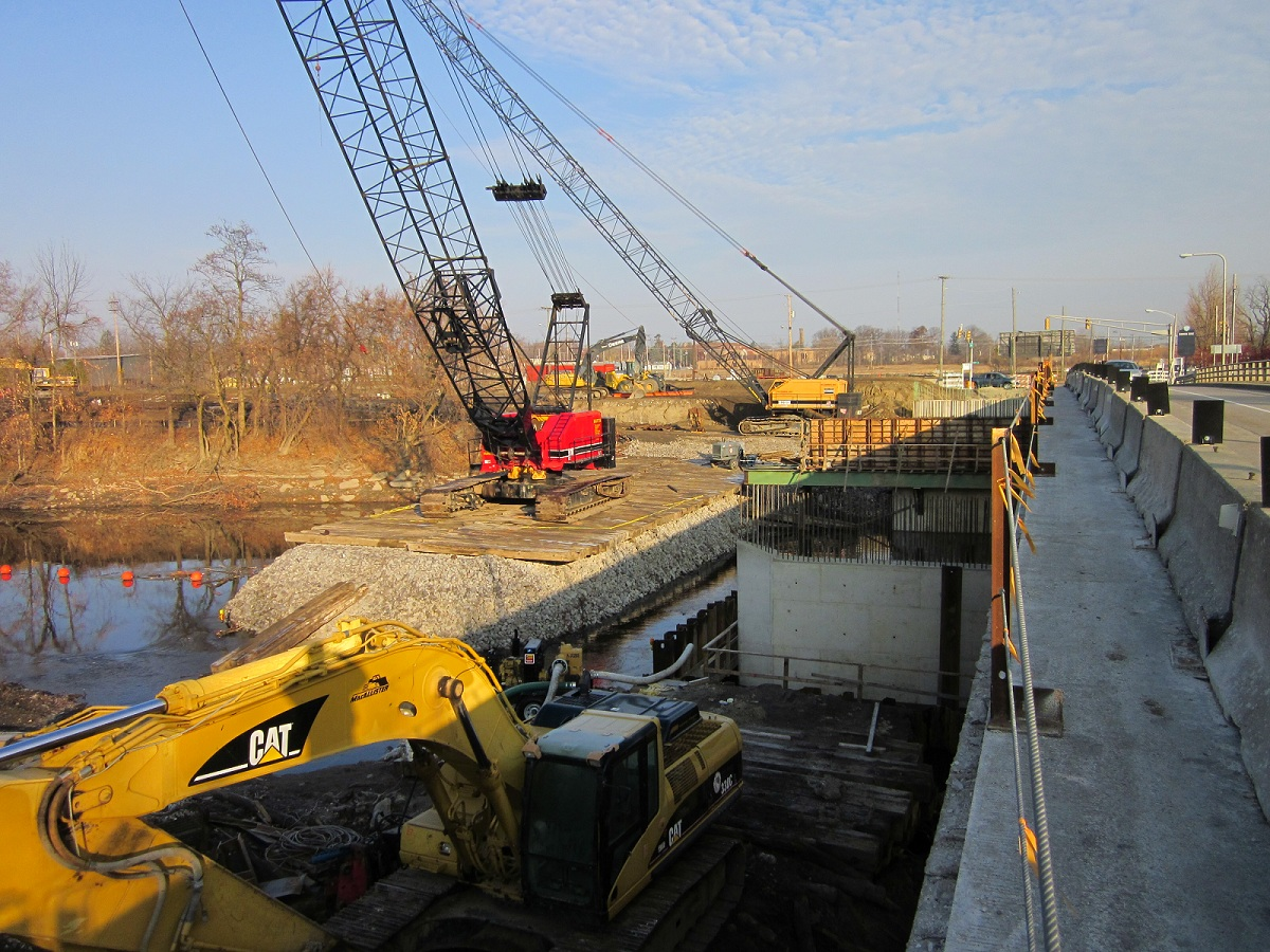 R L McCoy working on Clinton Street Bridge